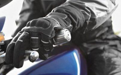 como elegir guantes para moto