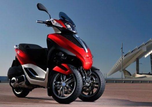 trike motocicleta dos ruedas delanteras