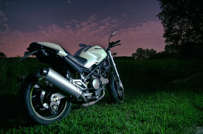 comprar moto ducati